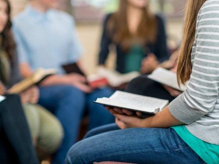 SOAP Bible Study Method: Advantages, Disadvantages, & Solutions!
